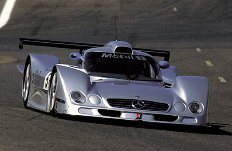 Mercedes-Benz CLR - злой рок или халатность инженеров?