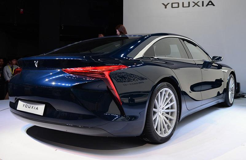 Youxia X – электроседан из Китая