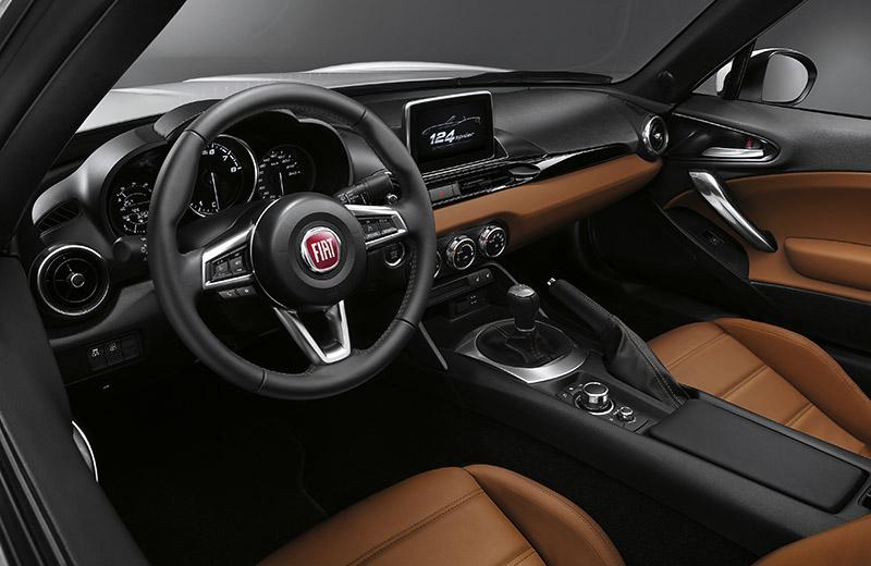 2017 Fiat 124 Spider – плод сотрудничества с японцами