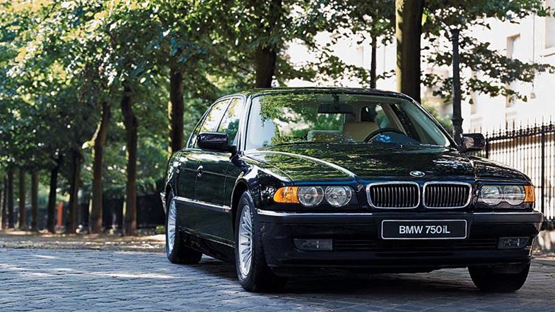 BMW 740i e38 технические характеристики