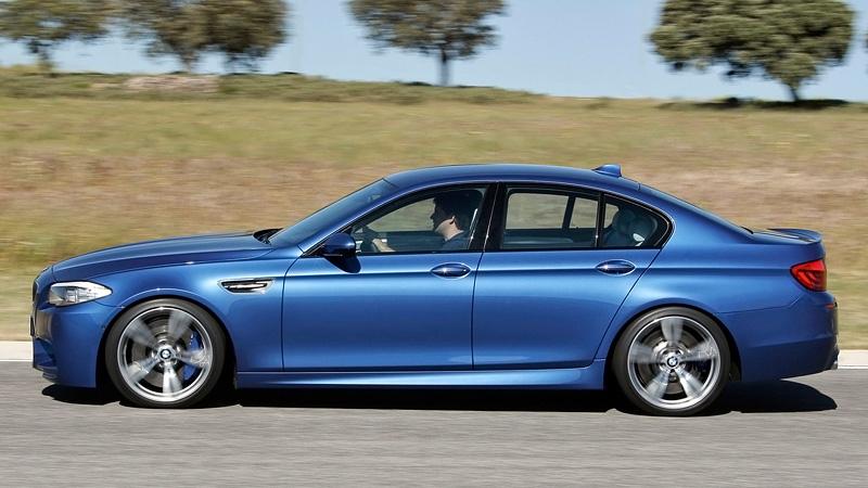 BMW m5 e60 мы audi r8