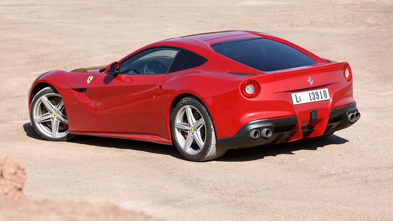 2012 Ferrari F12 Berlinetta - характеристики, фото, цена.