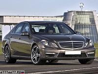 2009 Mercedes-Benz E 63 AMG = 250 км/ч. 525 л.с. 4.5 сек.