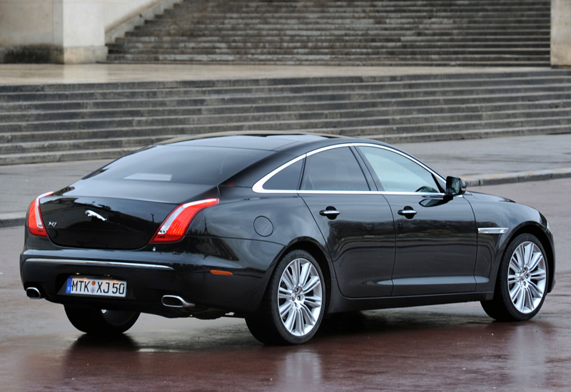 2009 Jaguar XJ V8 S/C Supersport - характеристики ...
