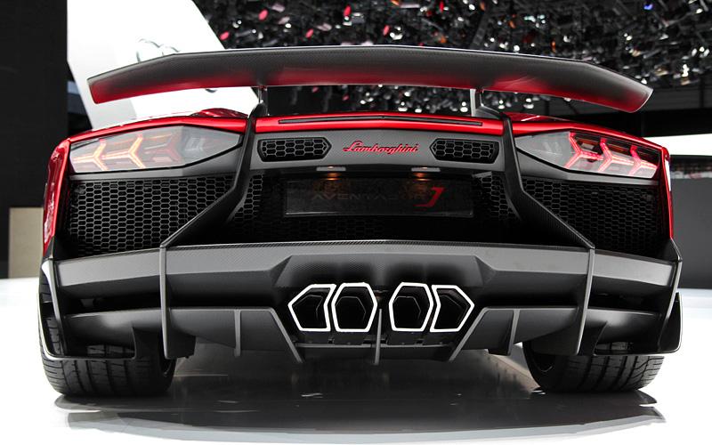 2012 Lamborghini Aventador J характеристики фото цена