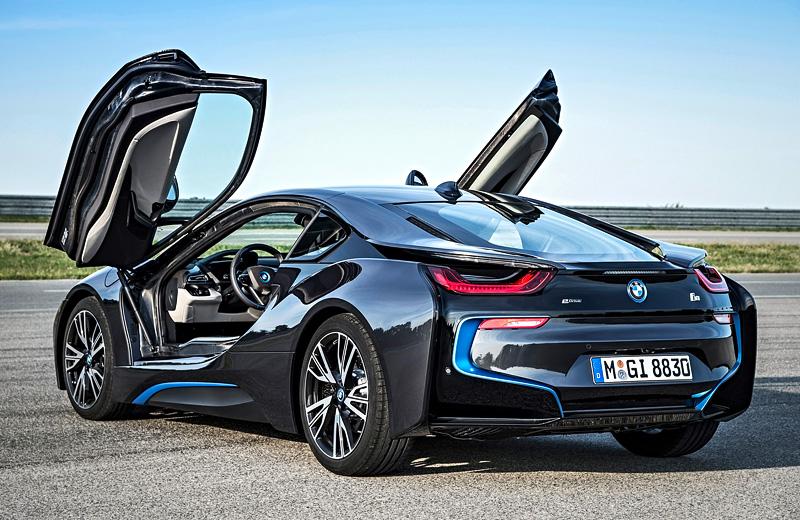 BMW i8 Coupe — дата запуска в серию и стоимость объявлены