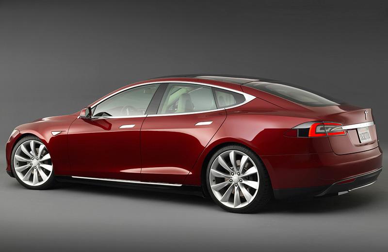Tesla Model S - олицетворение современных возможностей