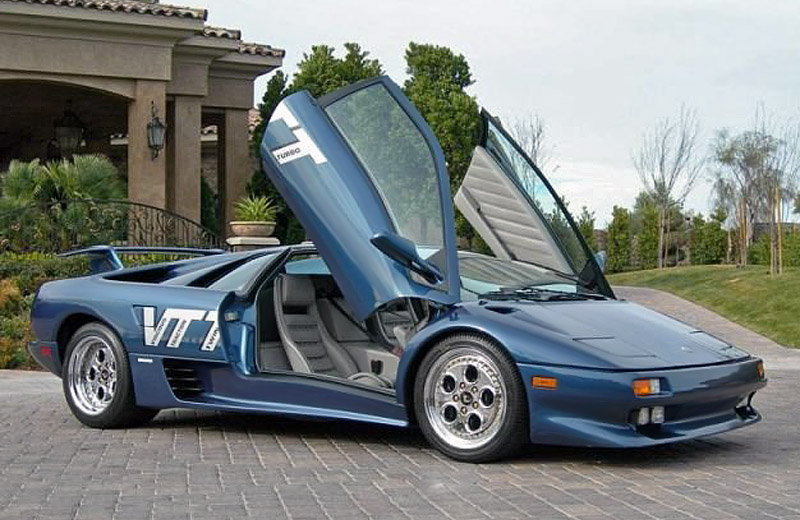Lamborghini Diablo VTTT - итальянский ответ первым гиперкарам