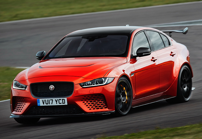 2018 Jaguar XE SV Project 8