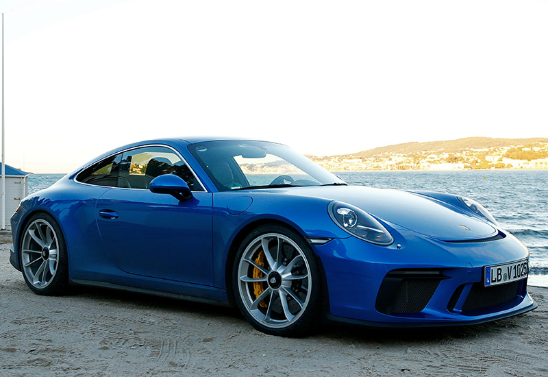 2018 Porsche 911 GT3 Touring Package (991.2)